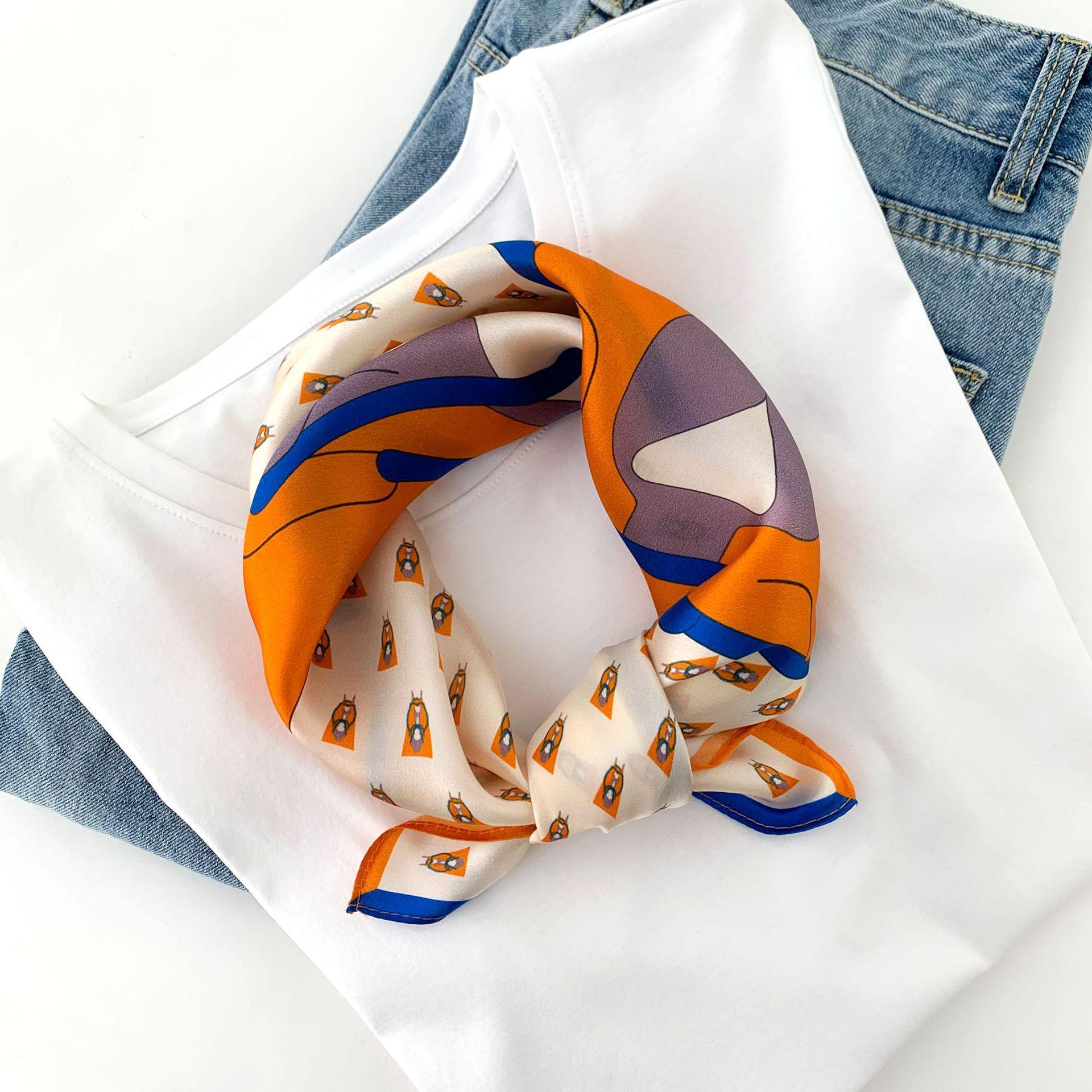 Yeni Küçük İpek Eşarp Kadın Moda Batı Tarzı Vintage% 100 İpek Eşarp dekore At Mizaç Küçük Eşarplar