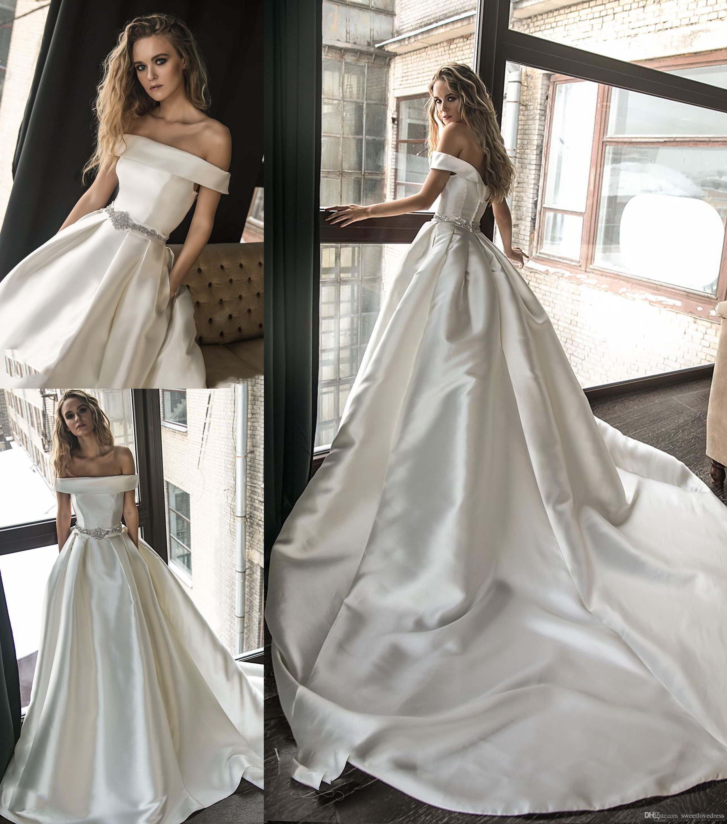 Taille Plus Une Ligne Robes De Mariée Avec Poche Ceinture Perlée Sur L'épaule Personnalisée Satin Robe De Novia robes De Mariage