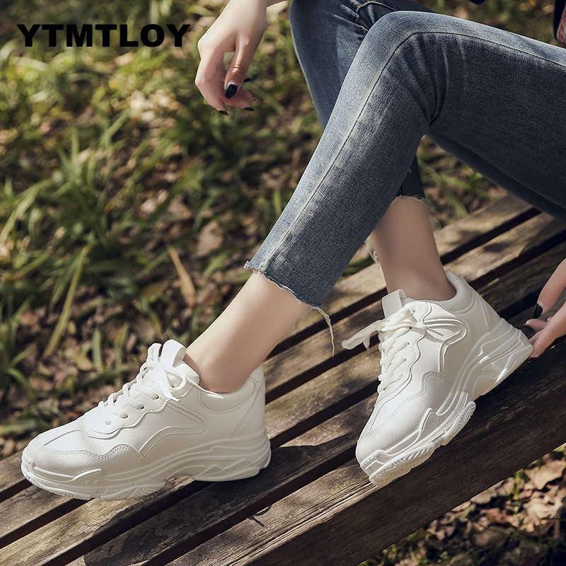 Женская обувь Осень белые туфли кроссовки Женщины Мода 2019 Марка ретро платформы обувь женская обувь дышащая сетка кроссовки Y200109