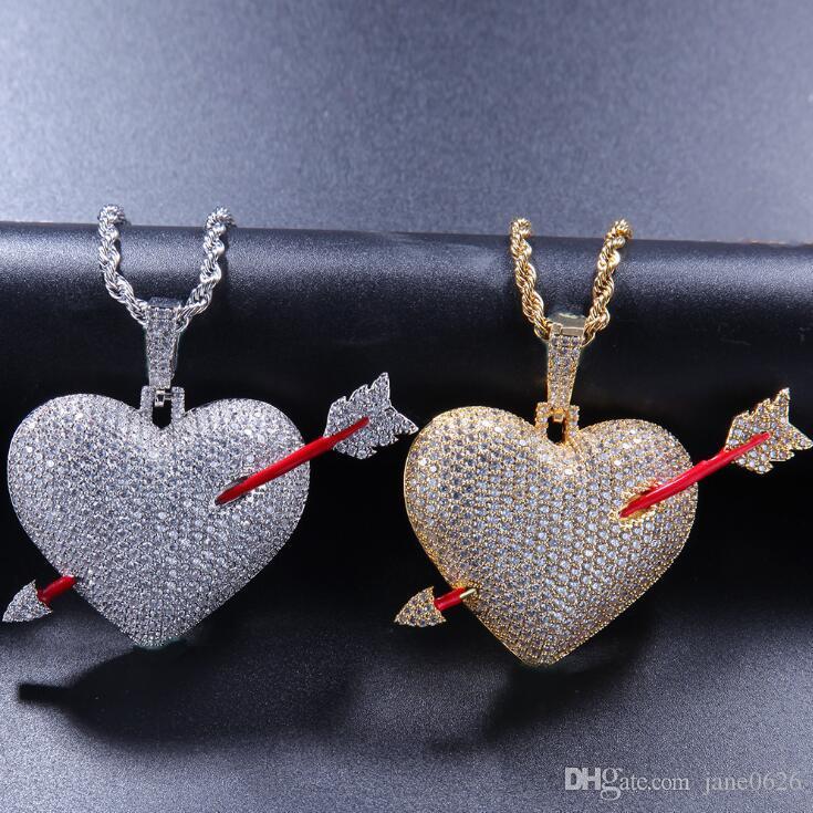 Collana di hip-hop di San Valentino di moda con una coppia di piercing a forma di freccia che pende con pendenti di gioielli intarsiati in pietra
