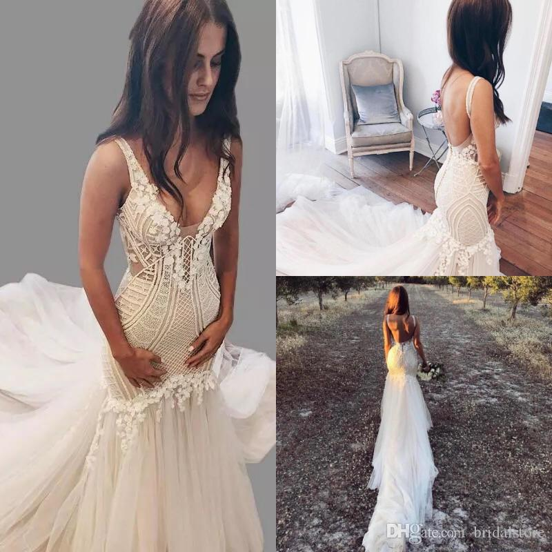 Gorgeous Arabic Mermaid Wedding Dresses Spaghetti Straps V Neck Crochet Lace Garden Country Bridal Gowns Sexy Backless Trumpet Fitted Bodice Huge