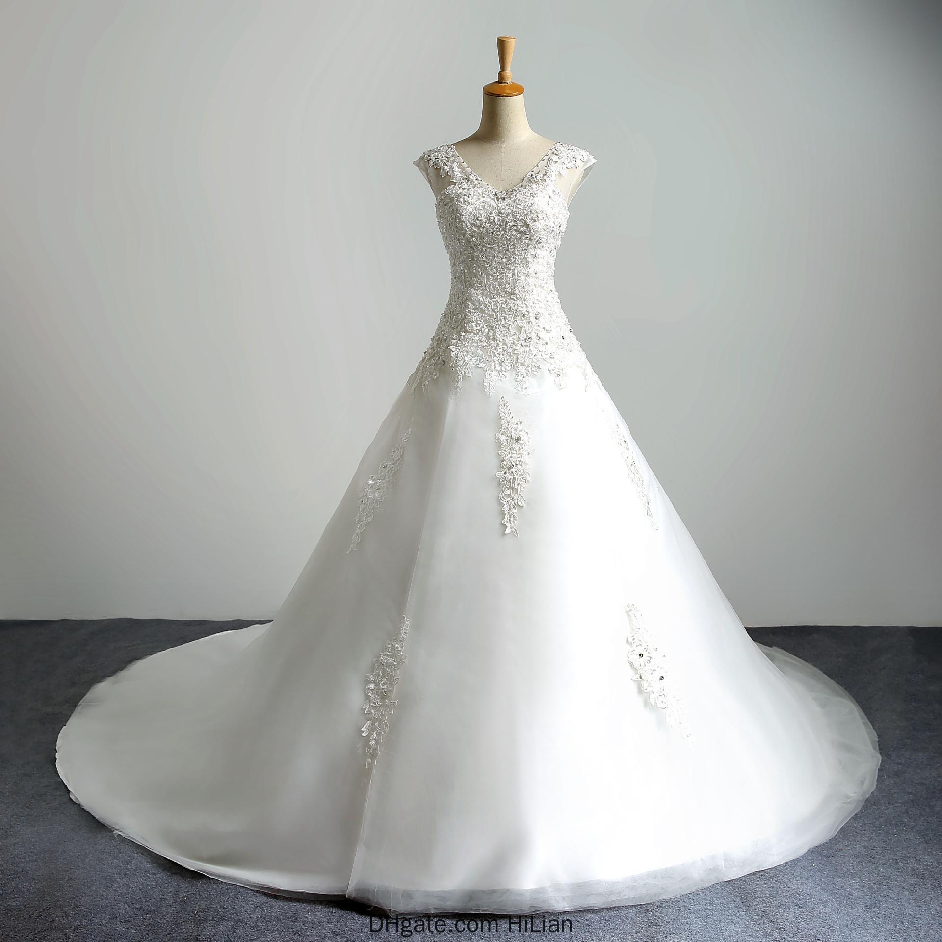 Sexy V-Ausschnitt Weiß Elfenbein-Spitze Applique Brautkleid A-Linie Brautkleid schnüren sich oben zurück formales Kleid mit Schleppe