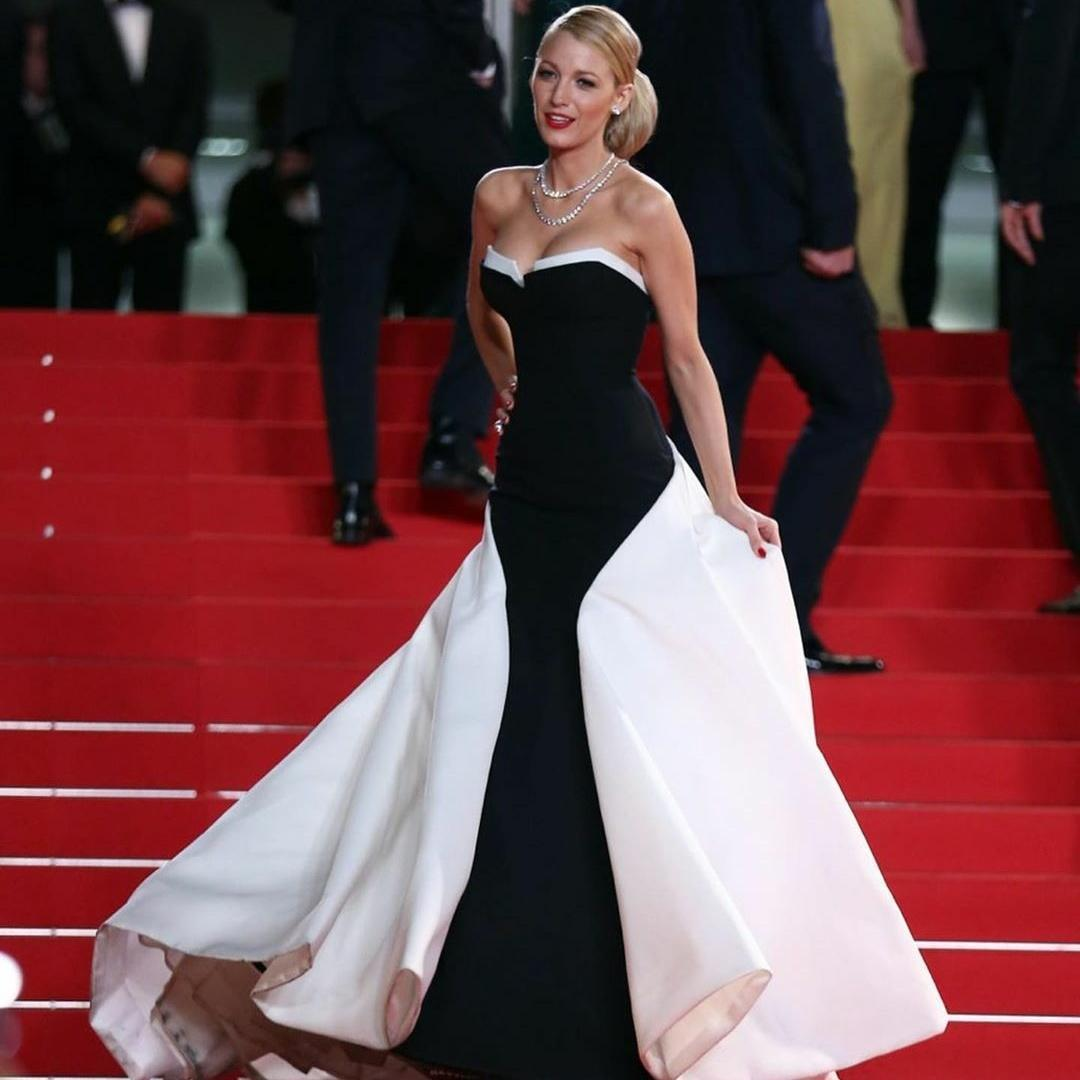 Nouveau mode Modeste noir et blanc sirène robes de soirée sans bretelles en satin tapis rouge robe de soirée robe de festa piste