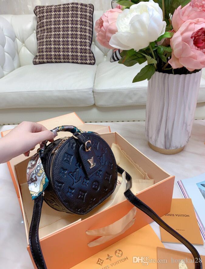 2020 Diseñadores de bolso para mujer Messenger Bag famosos diseñadores de la marca Bolsos de hombro Bolso bandolera Bolso Cartera dorp envío bolsos etiqueta A79
