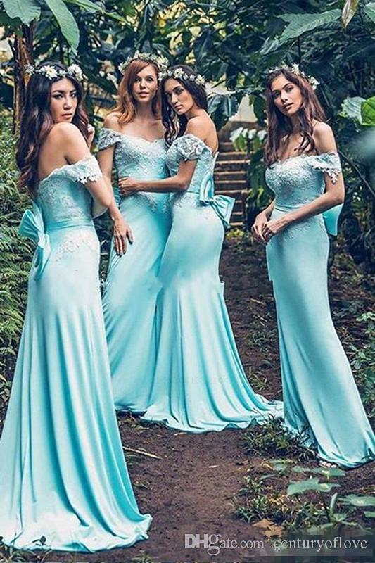 Menta blu Bohemian lunghi abiti da damigella d'onore con fiocco 2019 Off spalla pizzo macchia sirena paese Junior Maid d'onore ospite matrimonio Dess