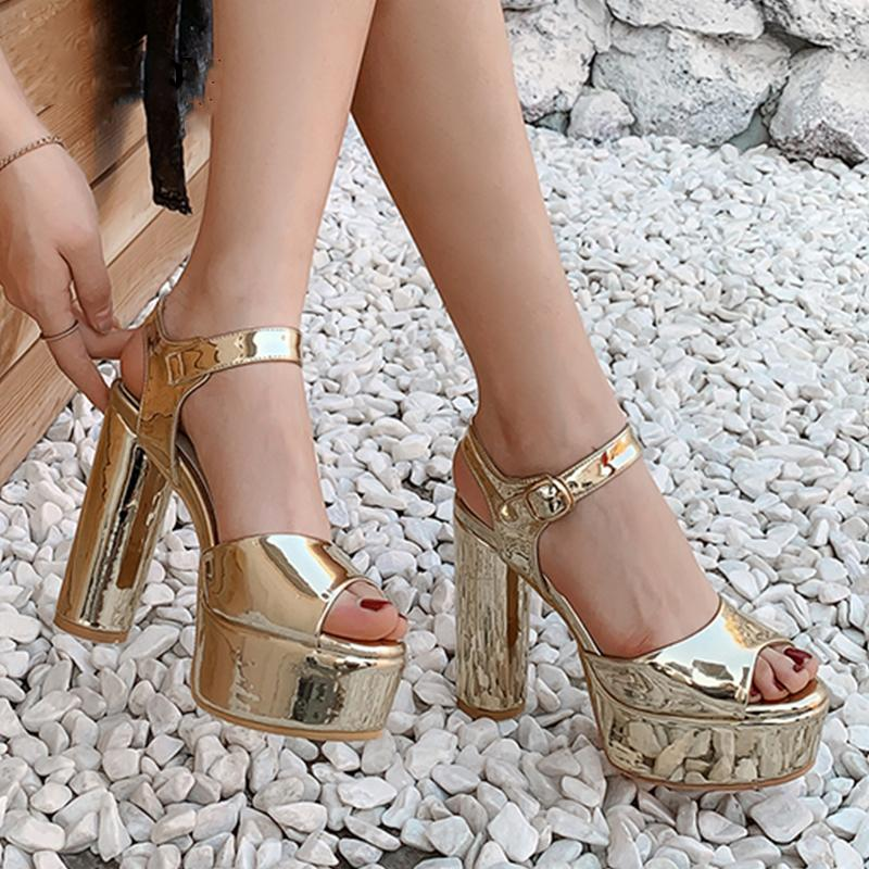 Plataforma de Moda Verão Sandals Gold Silver Peep Toe-de-rosa couro de patente espelho sapatos com tira no tornozelo dos saltos altos partido Mais de 42