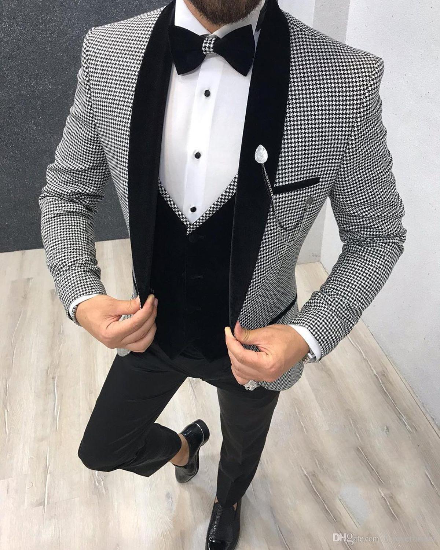 En Yeni Groomsmen Şal Siyah Yaka Damat smokin Bir Düğme Erkekler Suits Düğün / Gelinlik / Akşam Sağdıç Blazer (Ceket + Pantolon + Kravat + Yelek) H8
