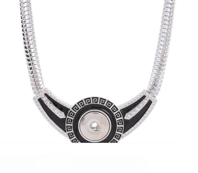 Brand New Design-Druckknopf Frauen Halskette DIY 18MM Ingwer schnappt Anhänger austauschbar Reiz Für weiblichen DIY Modeschmuck