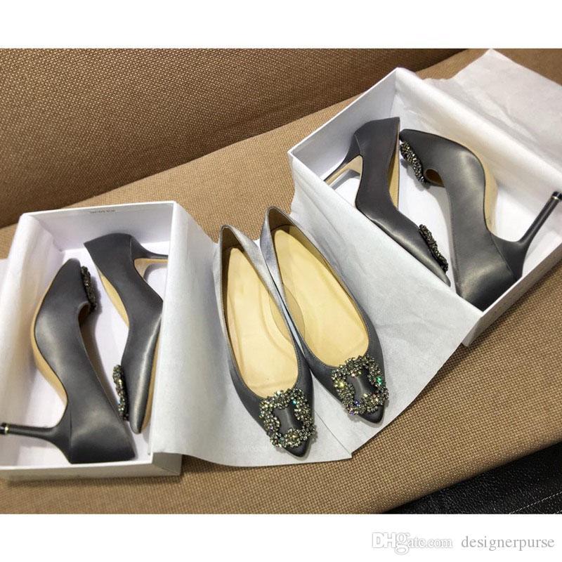 Moda classica Tacchi a punta sandali mb raso tacco a spillo tacco a spillo da sposa sandali da donna hangisiflat Satin Jewel Buckle Flat Shoes