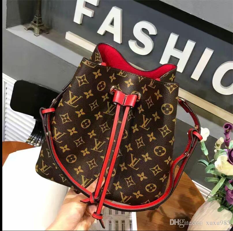 De haute qualité Top-poignée de femmes Sac New Sac bandoulière épaule PU cuir verni poignée supérieure sac étiquette portefeuilles sacs à main message Femme de A19