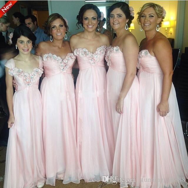 Romantic 3D Floral Flowers 2020 Bridesmaid Dresses Pink Sweetheart Beaded Empire Country Long Cheap Wedding Party Prom Formal Gowns