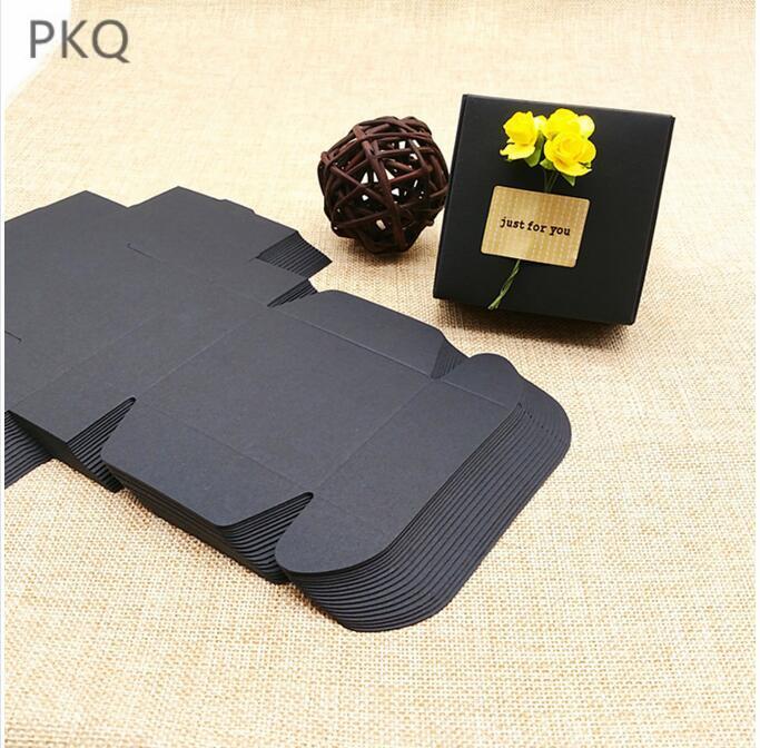Wholesale 100pcs Noir Kraft Papier cadeau Boîtes d'emballage en carton Paquet Boîte Craft pour Birthday Party Favors Boîte à bijoux Petit