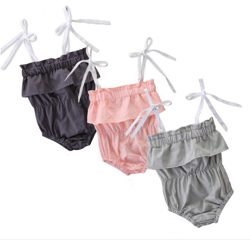 Çocuk Giyim Yenidoğan Katı Sling tulum Yaz Kolsuz Bow Tie Kayış Pamuk fırfır Dantel Jumpsuit Çocuk Tasarımcı Kıyafetler TLZYQ1485 katlayın