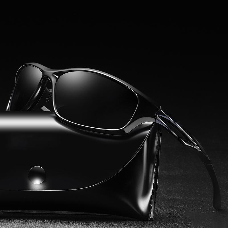 FONDYI clásico retro polarizadas Las gafas de sol UV400 de seguridad de conducción de protección Gafas de sol de moda de los vidrios de Sun con el caso