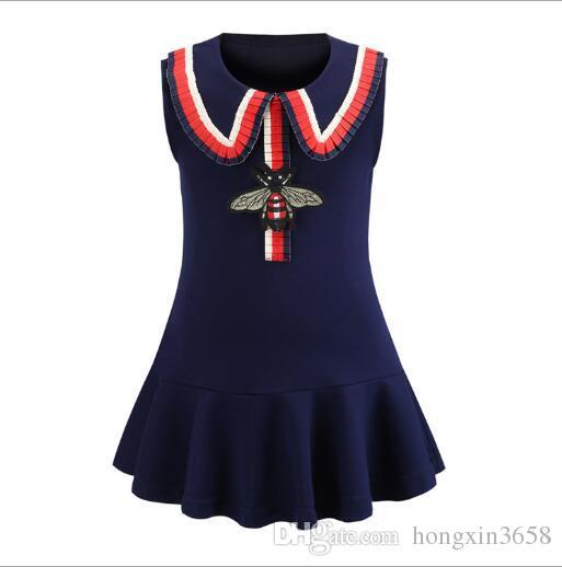새로운 여자 아기 슬리브리스 비 자수 복장 디자인 고품질 면화 아이 드레스
