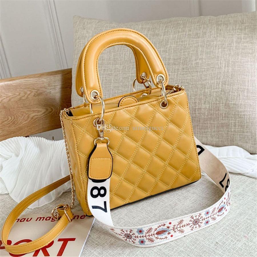 Kadın Çanta Kadife Çanta Sıcak Çanta Tasarımcısı Satış 26 cm Tote Zincir Kayışı Moda Omuz Messenger Gold Crossbody DNRHJ