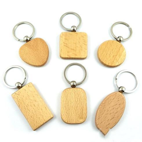 Keychain Gravé personnalisés Personnaliser Mignon Porte-clés en bois vierges Carving bricolage Rectangle Carré ronde en forme de coeur Envoi gratuit LXL934Q