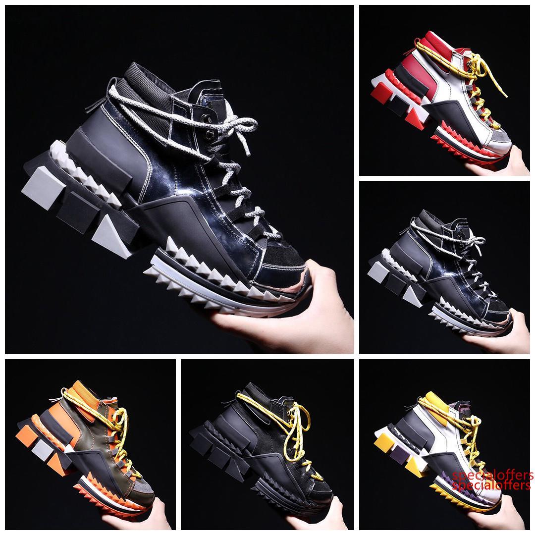 2019 super feu Four Seasons New Hit Couleur Épais Chaussures Bas Hommes sport Couple Augmenter sauvage Chaussures en cuir Shock Absorber savates de Hommes