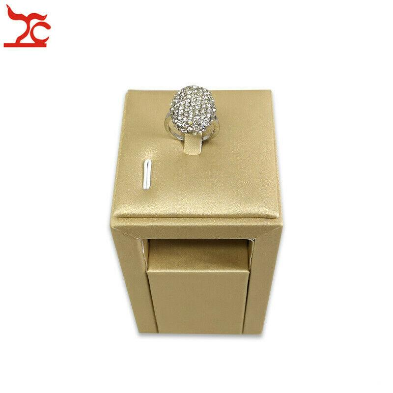 New Design Shop Exhibitor High Class Ring Stand Jewelry Display Holder Leather Rings Rack Storage for Window Display Counter Showcase