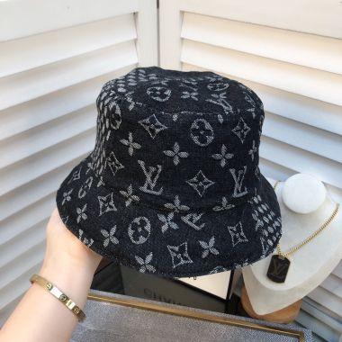 El nuevo alfabeto 2020 está lleno de la vendimia lava - pescador en sombreros de vaquero y sombreros de las mujeres BB281