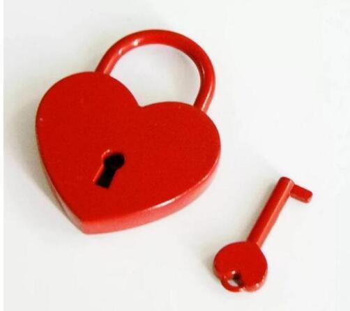 50pcs Mini hardware cadeado bagagem vermelho cadeado em forma de coração amor bloqueio presente de casamento fivela de bloqueio luz favor de partido