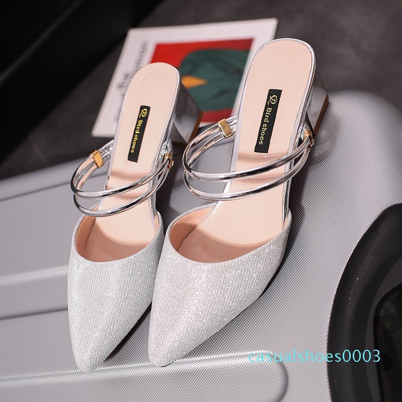 Hot Sale-été solide Femmes fermé Toe Chaussons Mode Diapositives Loisirs Extérieur Avec bas plat Femmes Chaussures C03
