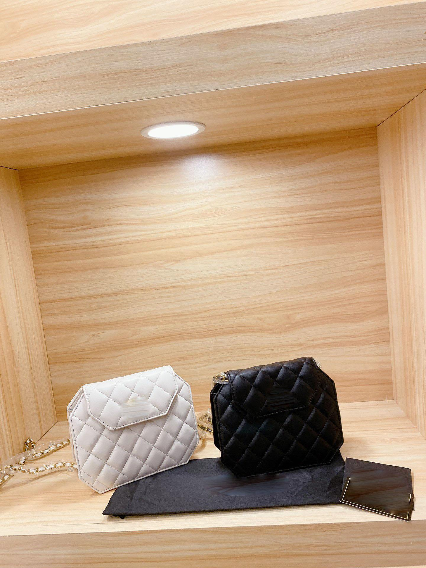 Chain crossbody bag 2020 womens luxury designer purses backpack wallet designer crossbody bag handbag designer bags