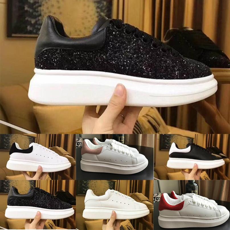 New Mode Femmes Hommes Chaussures Casual cuir blanc Femme d'extérieur plat Loisirs Robe Chaussures reine Chaussures de soirée de mariage Sneaker 19