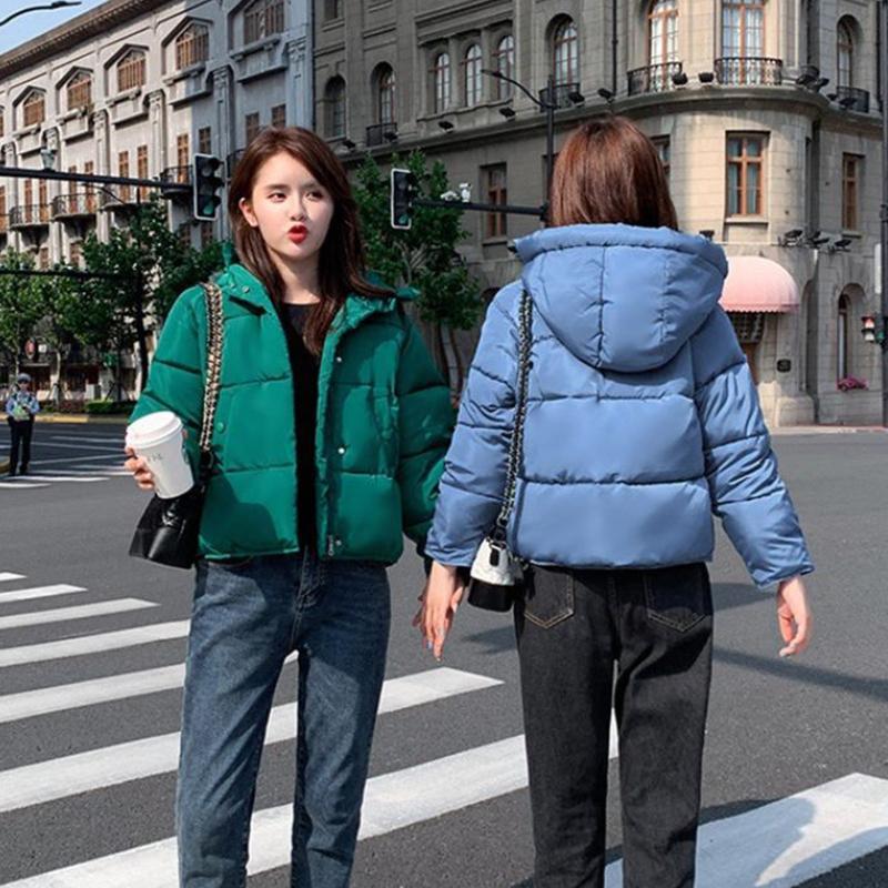 2019 chaqueta de la manera de las mujeres abajo cubre la capa del cortocircuito señoras de invierno de algodón con capucha Mujer Pike suelta Pan Parkas NUEVO!
