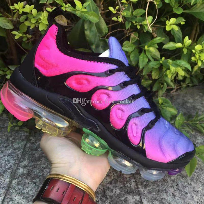 2019 USA Game Royal VM PLUS Designer Sneaker Shoes de course Triple Noir Blanc Blanc Volt Violet Gradient Hommes Femmes Aluminium Sunset 46