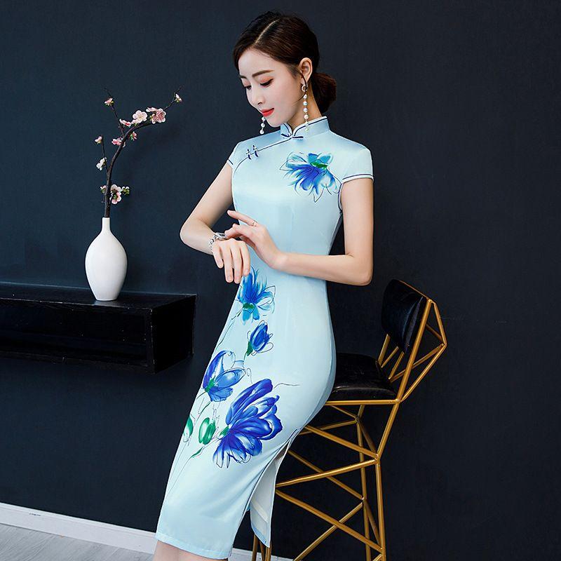 SkyBlue Imprimer Fleur Cheongsam Élégant À La Main Bouton Robe À Manches Courtes Genou Longueur Sexy Robe Courte Plus La Taille M-5XL