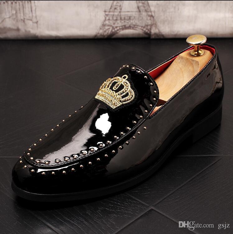 Scarpe nere fatte a mano da uomo Scarpe eleganti da uomo Scarpe da uomo in pelle semplici Scarpe da sposa da lavoro Mocassini in pelle da barca casual J70