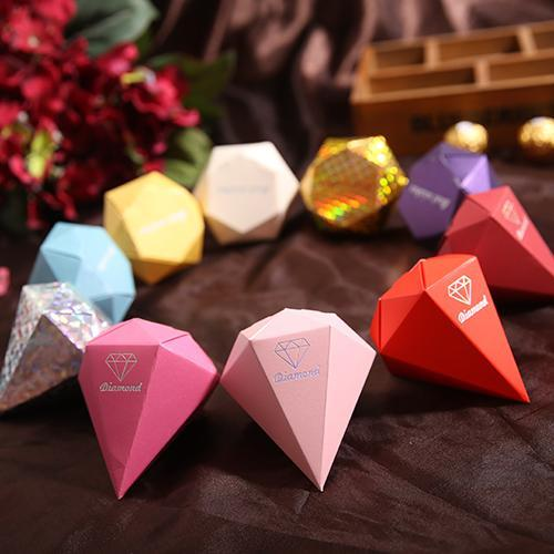 Wholesale-(10 Color) 100pcs Diamond Candy Box Wedding Favour Boxes Red Gold Silver Sweet Gift Box Casamento Wedding Favors