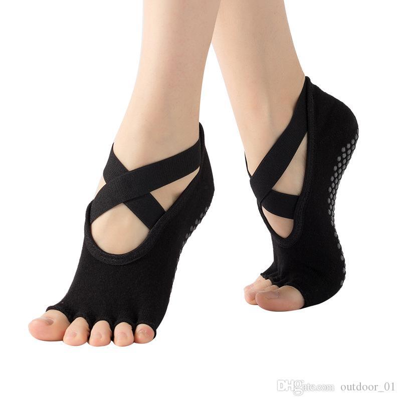 6 pcs Nouveau chaussettes femmes antidérapante formation de yoga cinq doigts yoga une sangle de yoga femmes de carrières libérales chaussettes en gros