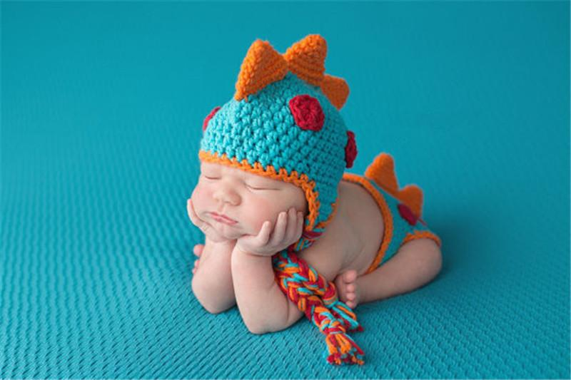 الوليد لطيف الديناصور الطفل الكروشيه محبوك قبعة الشتاء السراويل ازياء طفل الرضيع اليدوية الملابس 2 قطعة مجموعة