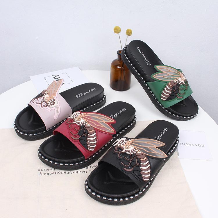 2020 sandalias del verano femenino de abeja nueva moda informal y zapatillas sandalias impermeables y zapatillas marea