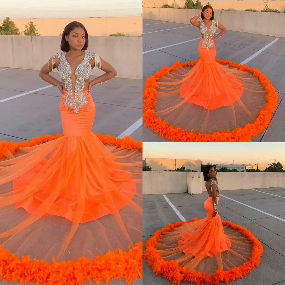 Naranja sirena de los vestidos de noche de cristal rebordear Top pluma de barrido tren vestido de fiesta Backless atractivos Negro niñas desfile desgaste del traje