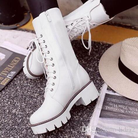 Chegada Nova Hot Sale Specials Super Moda Afluxo personalizado Tubo Martin Velvet alta Tubo Lace Up fêmeas elegantes de algodão botas quentes EU34-43