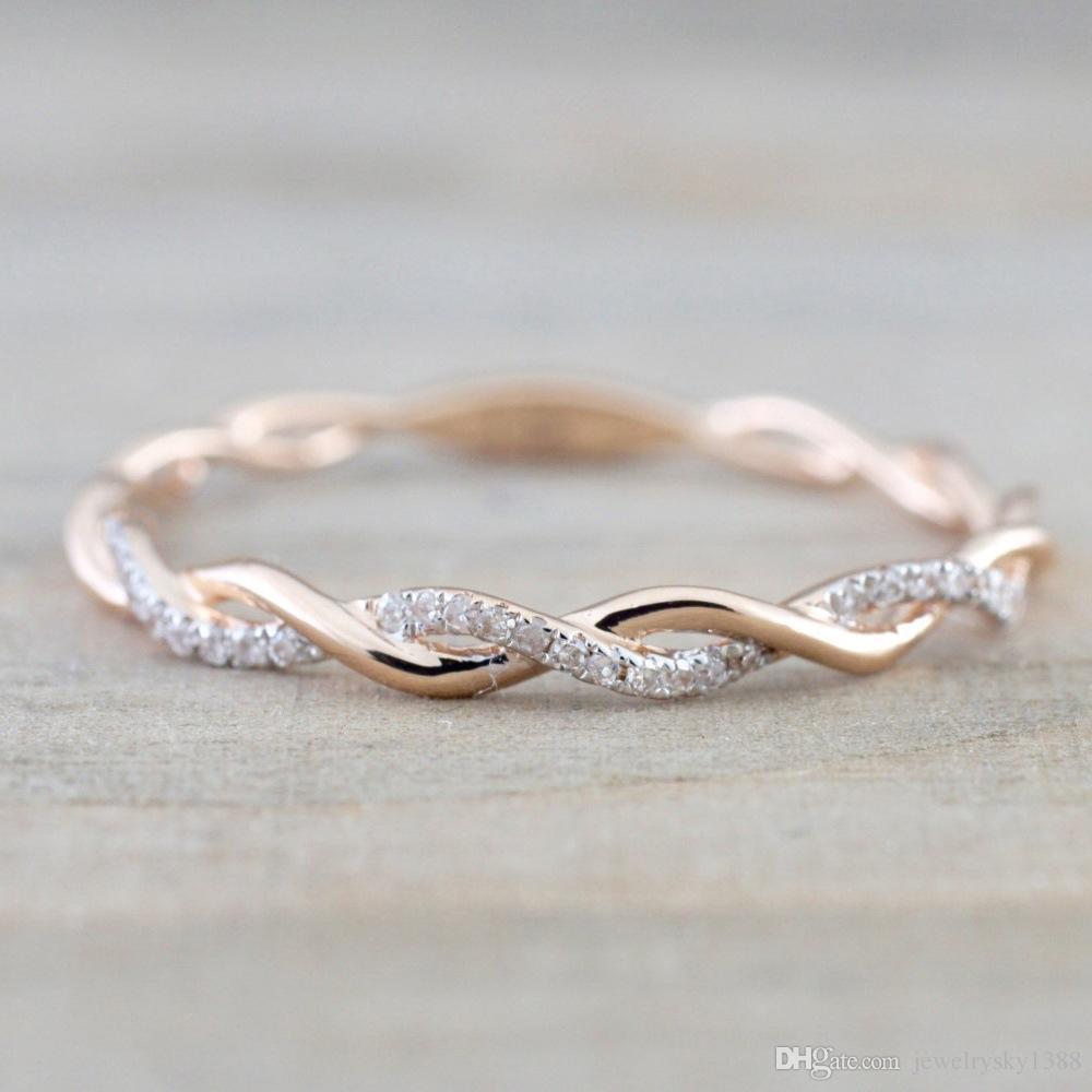 Designer de luxo Anéis De Casamento jóias New Style Rodada Anéis de diamante Para As Mulheres Finas Subiu Cor de Ouro Torção Corda Empilhamento em Aço Inoxidável