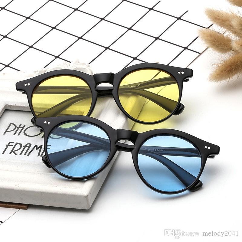 Wholesale Sunglasses en plastique Sun Eyewear Lentilles Unisexe 7 couleurs avec designer coloré UV400 Verres de protection bon marché Jobvd