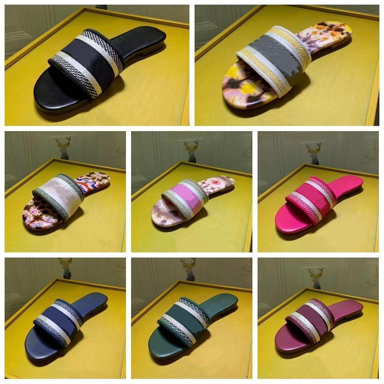 Designer Chaussures Femmes Animaux Brodé Coton Sandales Femmes Mocassins Marque Mode Femmes Designer Luxe Chaussures KIDS Chaussures Chaussons