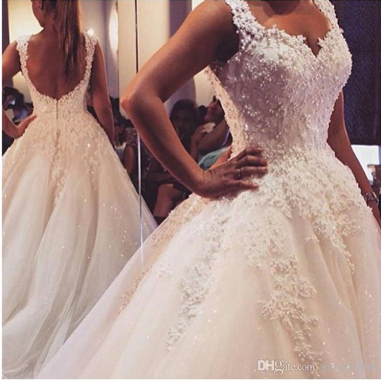 New Arrival Pearls Lace Wedding Dresses Spring Backless Beaded Ball Gowns Bridal Gown With Flowers Lace Applique Luxury Bridal Gown