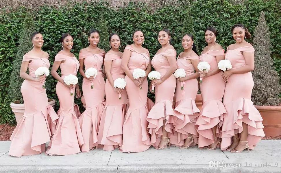 2020 NewAfrican 블러쉬 핑크 공주 들러리 드레스 오프 명예 드레스의 새틴 캐스 케이 딩 프릴 웨딩 게스트 드레스 플러스 사이즈 메이드 어깨