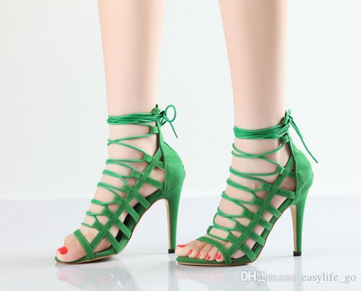 Sıcak satış kadın sandalet Yaz Yeşil Siyah Gladyatör Cut Çıkışları Sandalet Lace Up Yüksek Topuklu Kadın Strappy Sandles Burnu açık Topuklu Parti ayakkabı