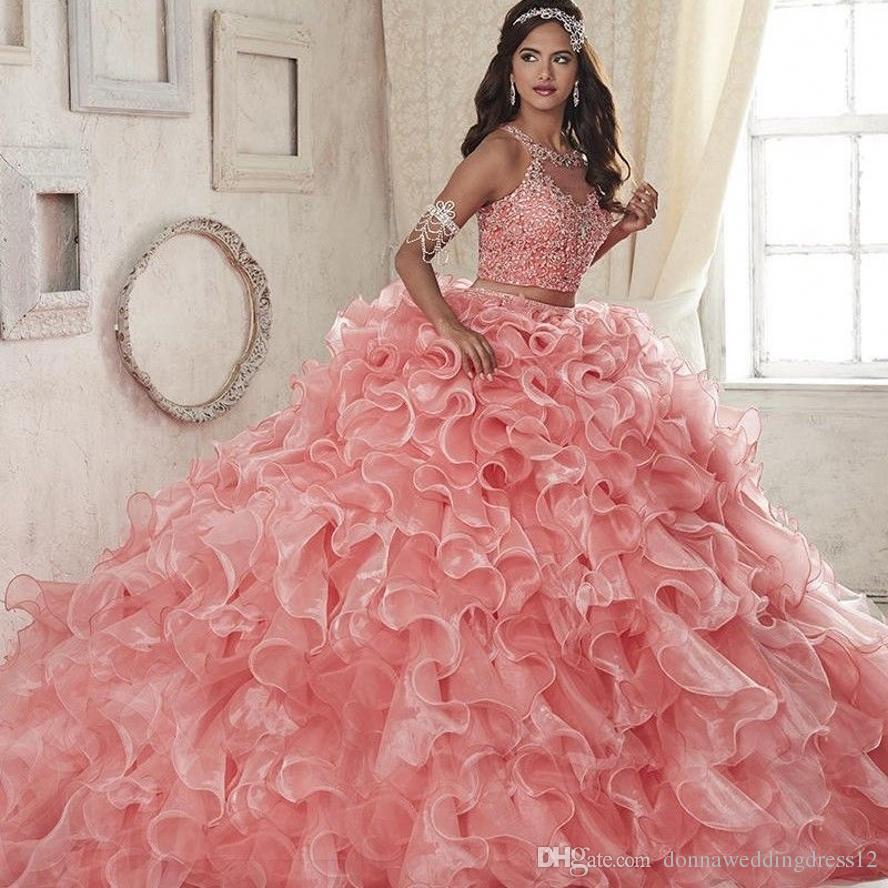 2019 년 새로운 뜨거운 패션 무료 배송 우아한 공 가운 스쿠프 크리스탈 컬러 웨딩 드레스 Vestidos Beading Tiered Organza 웨딩 드레스