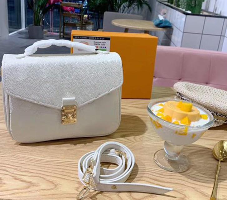 Tasarımcı-lüks çanta cüzdan çanta tasarımcısı kaliteli omuz çantası crossbody çanta lüks çanta lüks çanta 25cm womens