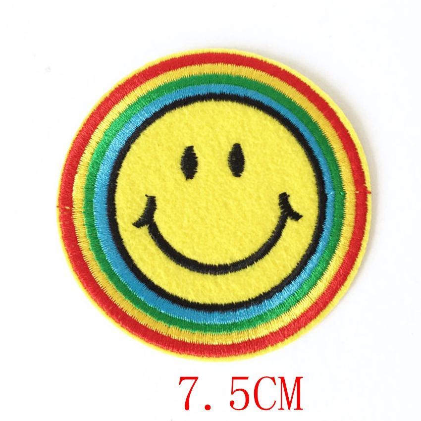 2018 Adesivos Parches 90s feliz Hippy do arco-íris Smiley Face Ferro-no remendo Applique Motif Tecido Crianças Jogos Dartboard Decal