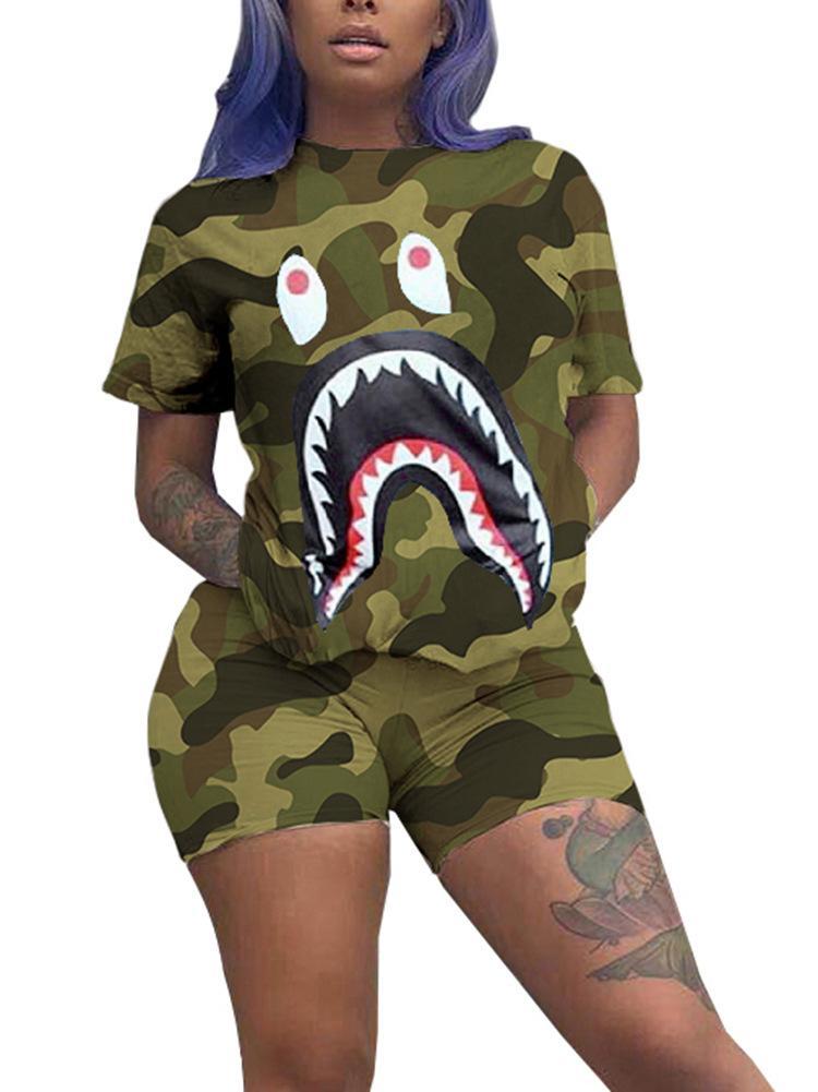 İki parçalı Kamuflaj Çok renkli Büyük boy İki parçalı set moda All-maç Yuvarlak boyun Spor Giyimi baskı Avrupa ve Amerika Kadınlar köpekbalığı set