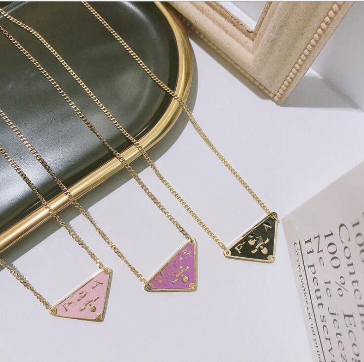 Directo de fábrica Triángulo de la manera simple carta simple delicado diamante Inglés 26 P collar de joyas de cristal alfabeto carta