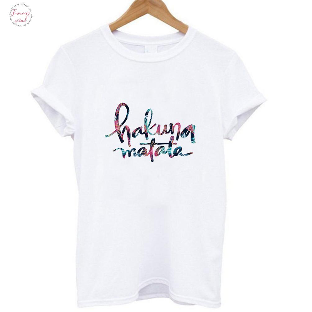 Hakuna Matata d'été T-shirt Roi Lion Cartoon T-shirt imprimé Femmes Mode Casual Harajuku T-shirt Femme graphique Hauts mignon de T